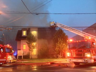 adelaide公寓大楼失火