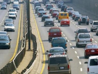 安省立法:分心驾驶最高罚1千元扣3分