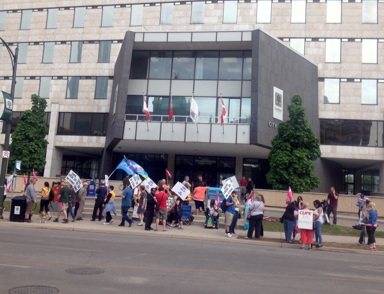 Strike by City Inside Workers Enters Day Two